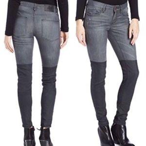 {30} BCBG Two-Toned Black & Gray Skinny Jeans